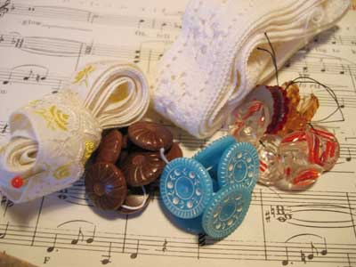 Button, music and more lace