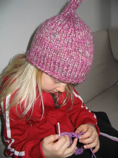 Ebba is crocheting