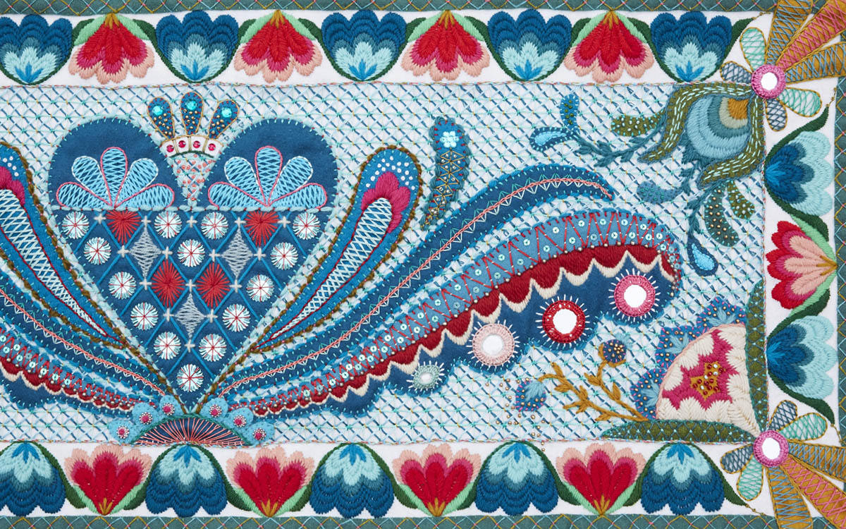 Wool Embroidery image from Karin Derland's book Freestyle Embroidery on Wool - book review by iHanna #sweden